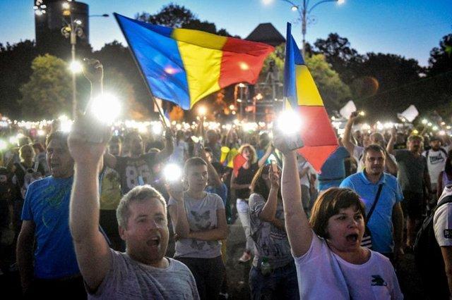انتقاد رومانی از رفتار تبعیض آمیز اتحادیه اروپا