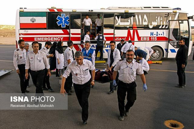 اعزام 10 بیمار بستری شده در بیمارستان الحسین به مرز مهران