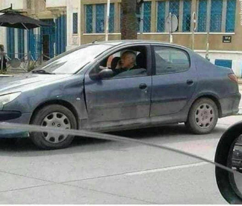 خودرو شخصی رئیس جمهوری که حقوق دان است