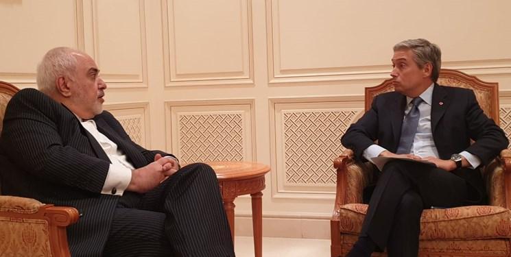 ملاقات و گفتگوی ظریف و همتای کانادایی در مسقط درباره سقوط هواپیمای اوکراینی
