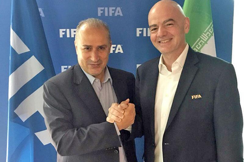 اینفانتینو: به ایران می روم تا مطمئن شوم زنان بازی های لیگ را می بینند