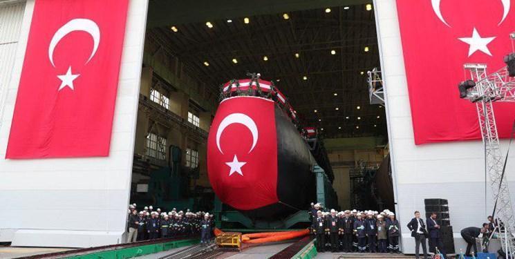 اولین زیردریایی بومی ترکیه به آب انداخته شد، اردوغان: از سوریه و لیبی عقب نشینی نمی کنیم