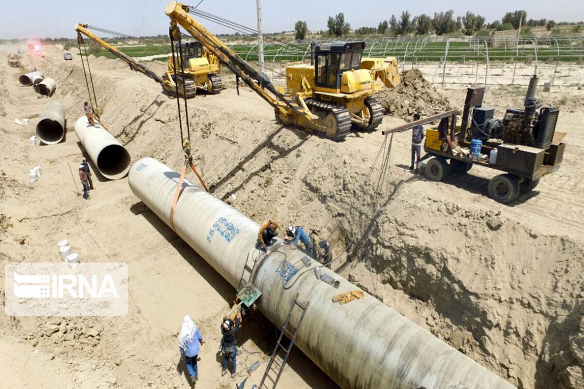 خبرنگاران عذرخواهی شرکت آبفا خوزستان برای مسائل آب شرب غیزانیه اهواز