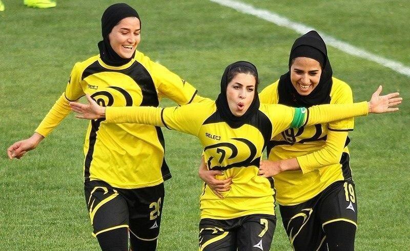 فوتبالیست زنی که پزشکی می خواند؛ اولویتم فوتبال است نه تحصیل