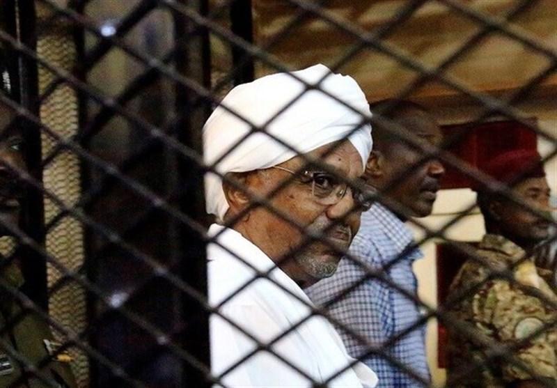 سودان، سفر هیئت دادگاه لاهه به خارطوم برای بازپرسی از عمر البشیر