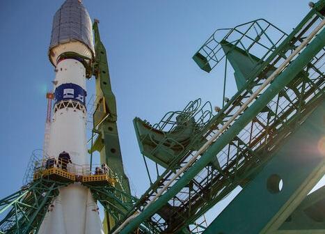 پرتاب 38 ماهواره بار دیگر به تعویق افتاد خبرنگاران