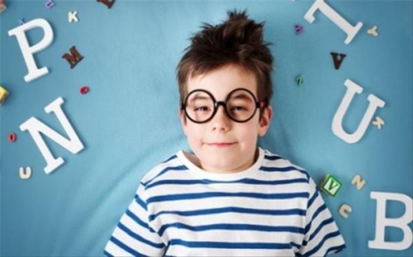 بچه ها چند وقته به یک زبان تسلط پیدا می کنند؟