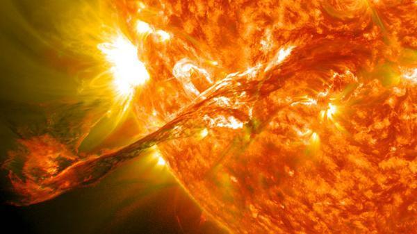 طوفان خورشیدی بعدی می تواند کل اینترنت دنیا را قطع می نماید